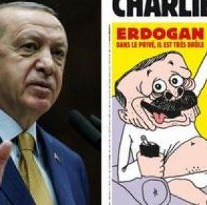 """Turquie : 4 journalistes de Charlie Hebdo inculpés pour """"insulte"""" à Erdogan"""
