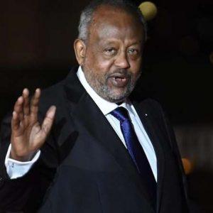 Le chef du groupe jihadiste somalien des shebabs s'en prend au président djiboutien