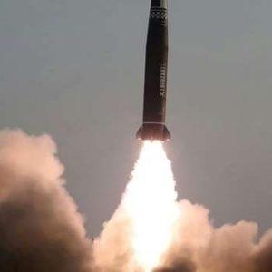 """La Corée du Nord dit avoir testé un nouveau """"projectile tactique guidé"""""""