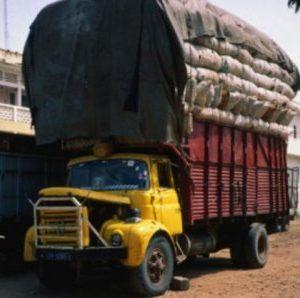 Sénégal-Guinée : les commerçants alertent sur la fermeture prolongée de la frontière