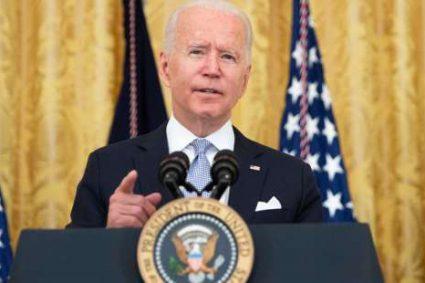 Covid-19 : Joe Biden change de ton et appelle à verser 100 dollars à tout nouveau vacciné