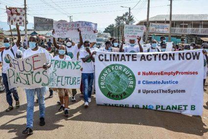 """Kenya : marches pour le climat du mouvement """"Fridays for Future"""""""